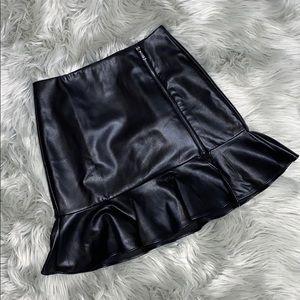 GUESS Skirt!